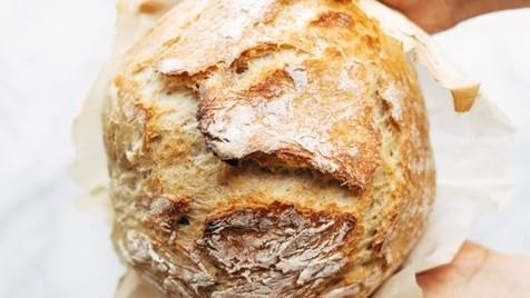 #fiqueemcasa: como fazer pão em casa sem precisar de amassar