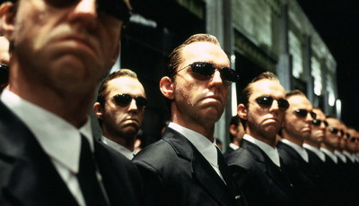 """Falha no sistema? O Agente Smith está fora de """"Matrix 4"""""""