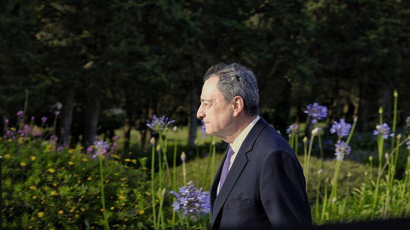 BCE deve ser cauteloso na retirada dos estímulos, avisa Lawrence Summers