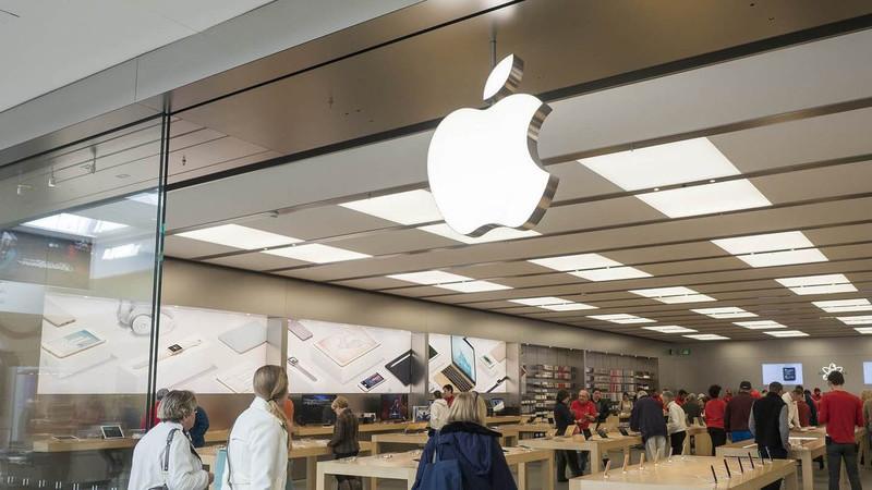 Tecnológicas pesam em Wall Street. Apple cai mais de 3%