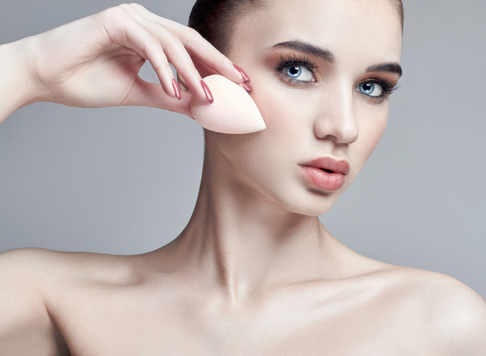 Bases de maquilhagem que (também) cuidam da pele