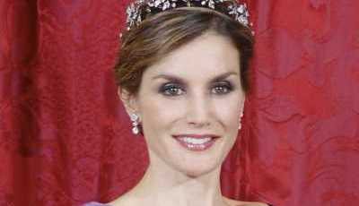 Rainha Letizia: 45 anos de estilo e glamour