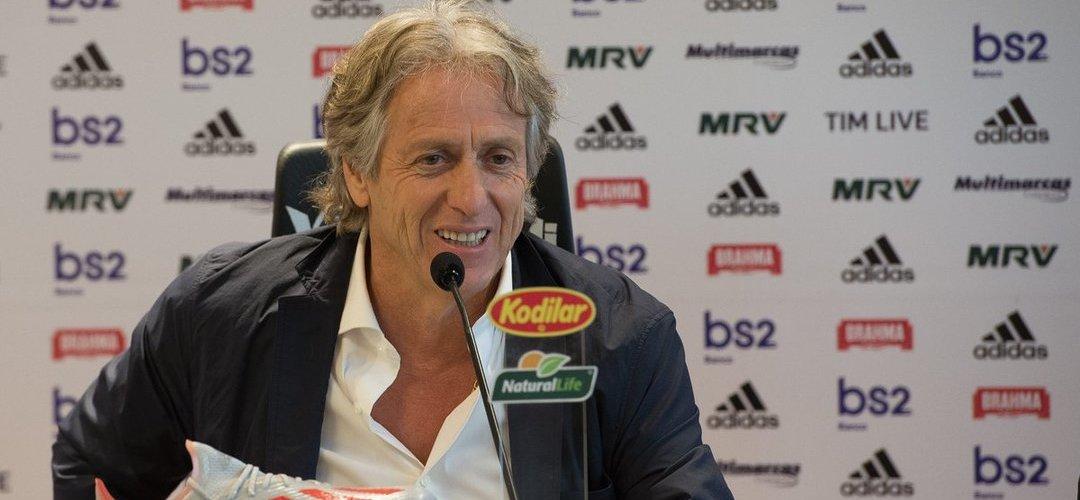 Vídeo: Jorge Jesus deu primeira palestra enquanto treinador do Flamengo e os adeptos ficaram doidos