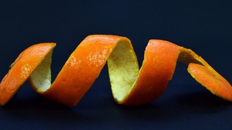 Caules, cascas e água da cozedura. Como desperdiçamos os nutrientes das frutas e vegetais?