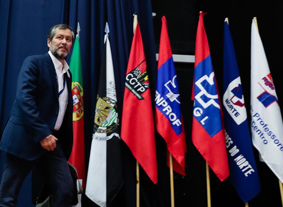Fenprof termina congresso com garantias de luta e crítica a Marcelo Rebelo de Sousa