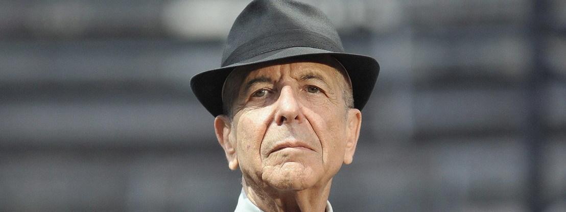 Publicada biografia de Leonard Cohen, o músico nascido de fato completo
