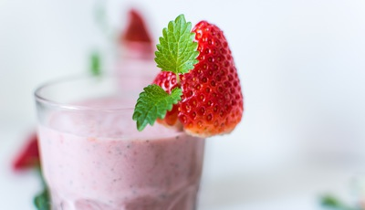 Batidos de frutas e vegetais: serão mesmo aliados no combate ao cancro?