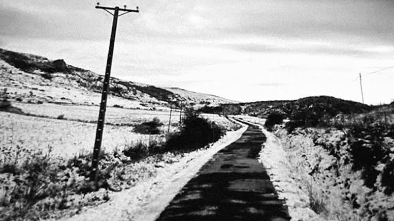 """Em tempos de confinamento, fotógrafo viaja """"desde a porta de casa a Vik, na Islândia, clique a clique"""""""