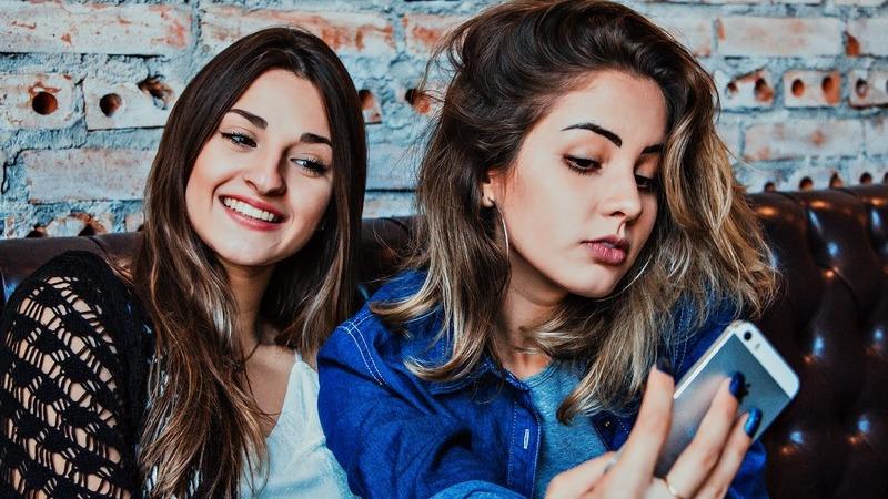 Uma viagem pela história das famosas selfies