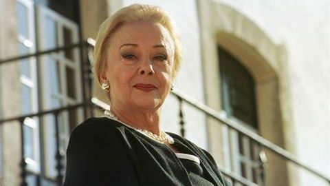 Velório da atriz Anna Paula realiza-se sexta-feira na Basílica da Estrela