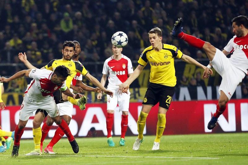 Nuri Sahin renova com Borussia Dortmund até 2019