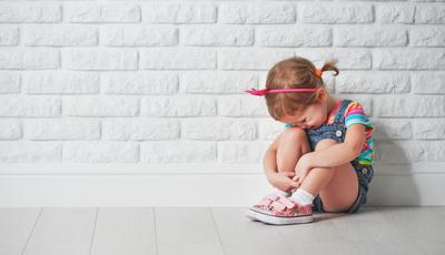O que fazer quando o seu filho chora ao separar-se de si