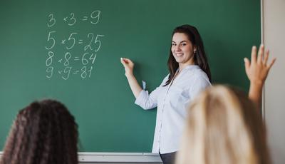 Novo professor a meio do ano: como ajudar o seu filho