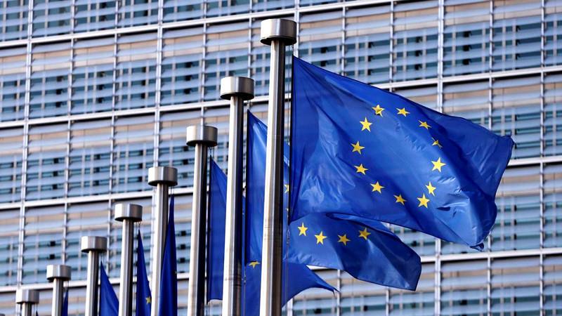 Oxford Economics estima recessão de 2,2% na zona euro e estagnação mundial