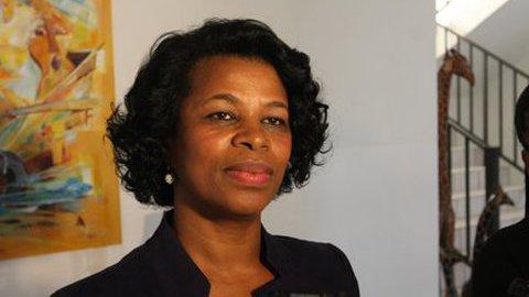 Fernanda Fernandes quer apoio social para idosos cabo-verdianos em Angola
