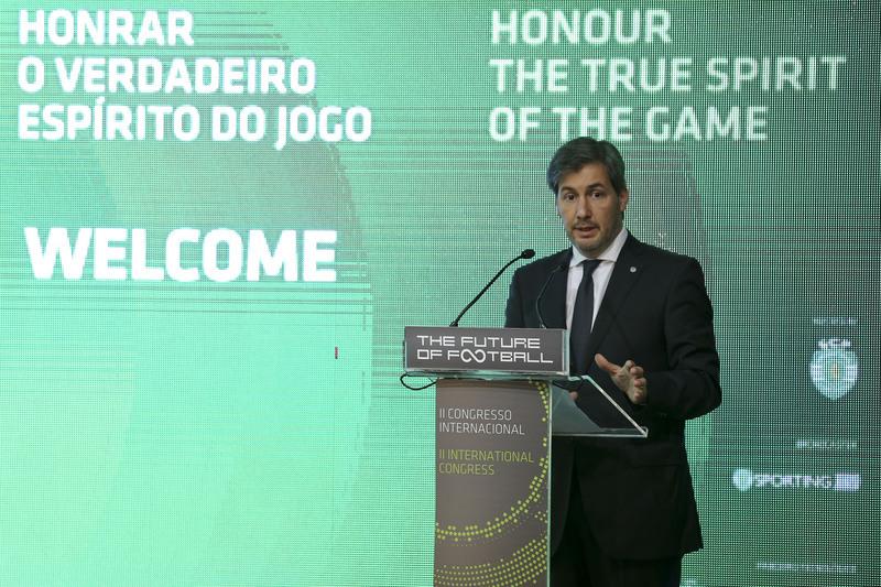 Bruno de Carvalho diz que Benfica deu receita da UEFA como garantia à Doyen