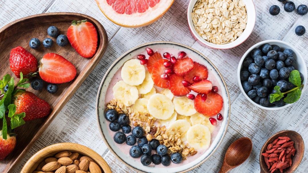 5 snacks saudáveis para levar consigo em viagens longas