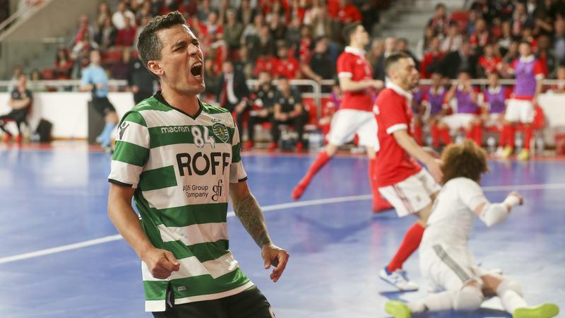 Benfica derrota Sporting e empata final da Liga portuguesa de futsal