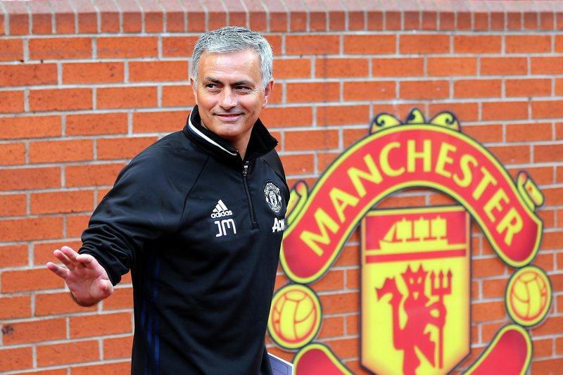 """Mourinho: """"É idiota dizer que quero vencer todos os jogos"""""""