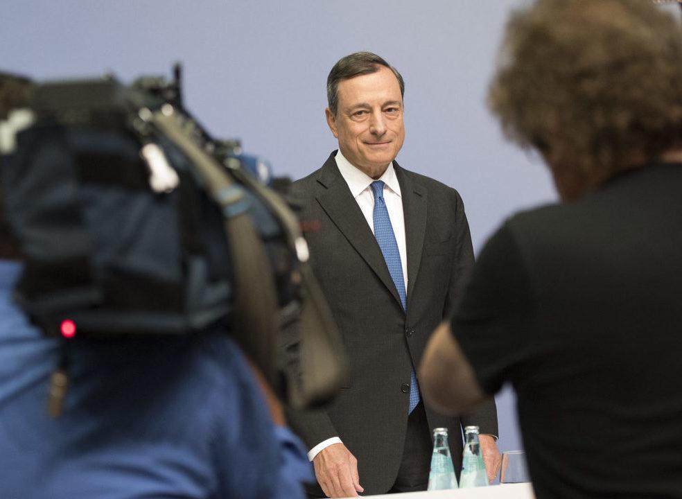O clube dos 17 triliões volta a Sintra para discutir o passado do euro com um olho no futuro do BCE