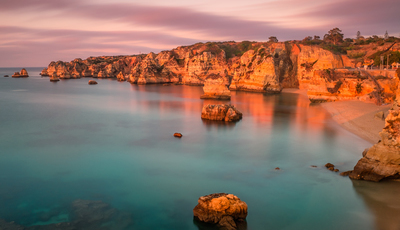As 10 melhores praias de Portugal para visitar este verão