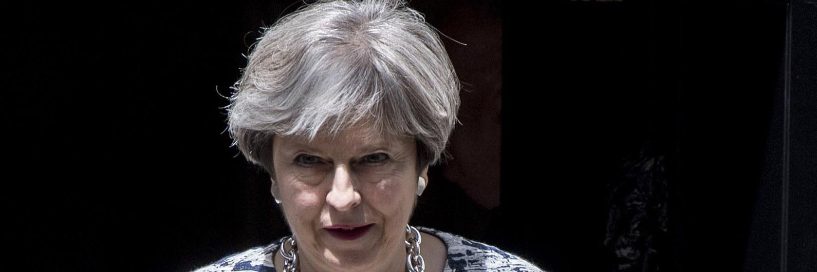 May propõe período de transição de dois anos após Brexit