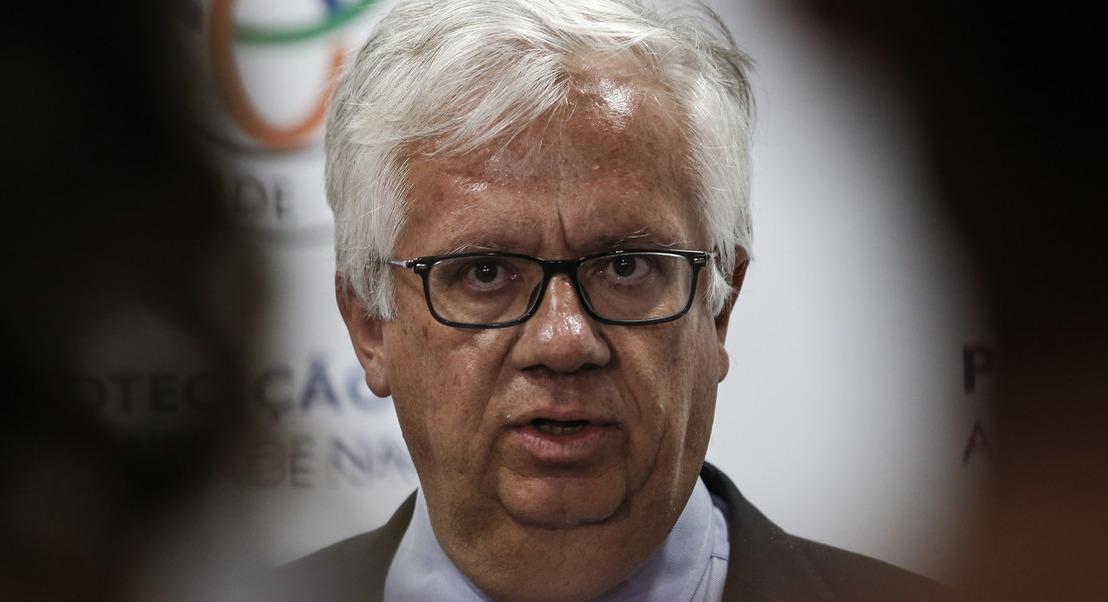 """Ministro da Administração Interna reitera """"plena confiança"""" no presidente da Proteção Civil"""