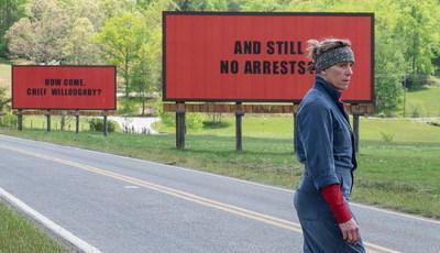 """Filmes """"Três Cartazes à Beira da Estrada"""" inspira campanha em defesa dos homossexuais na China"""