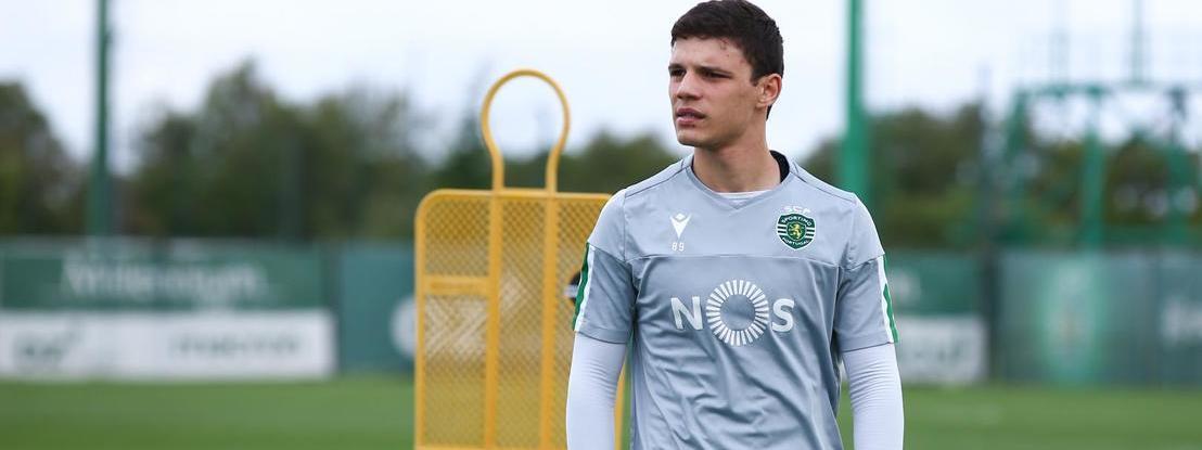 Sporting tenta 'blindar' Eduardo Quaresma e Joelson Fernandes