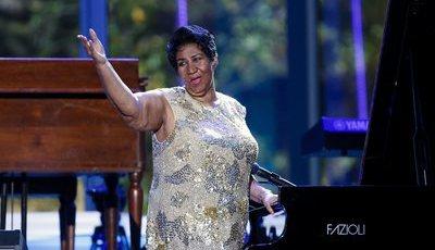 De Paul McCartney a Lionel Richie: colegas e amigos recordam Aretha Franklin