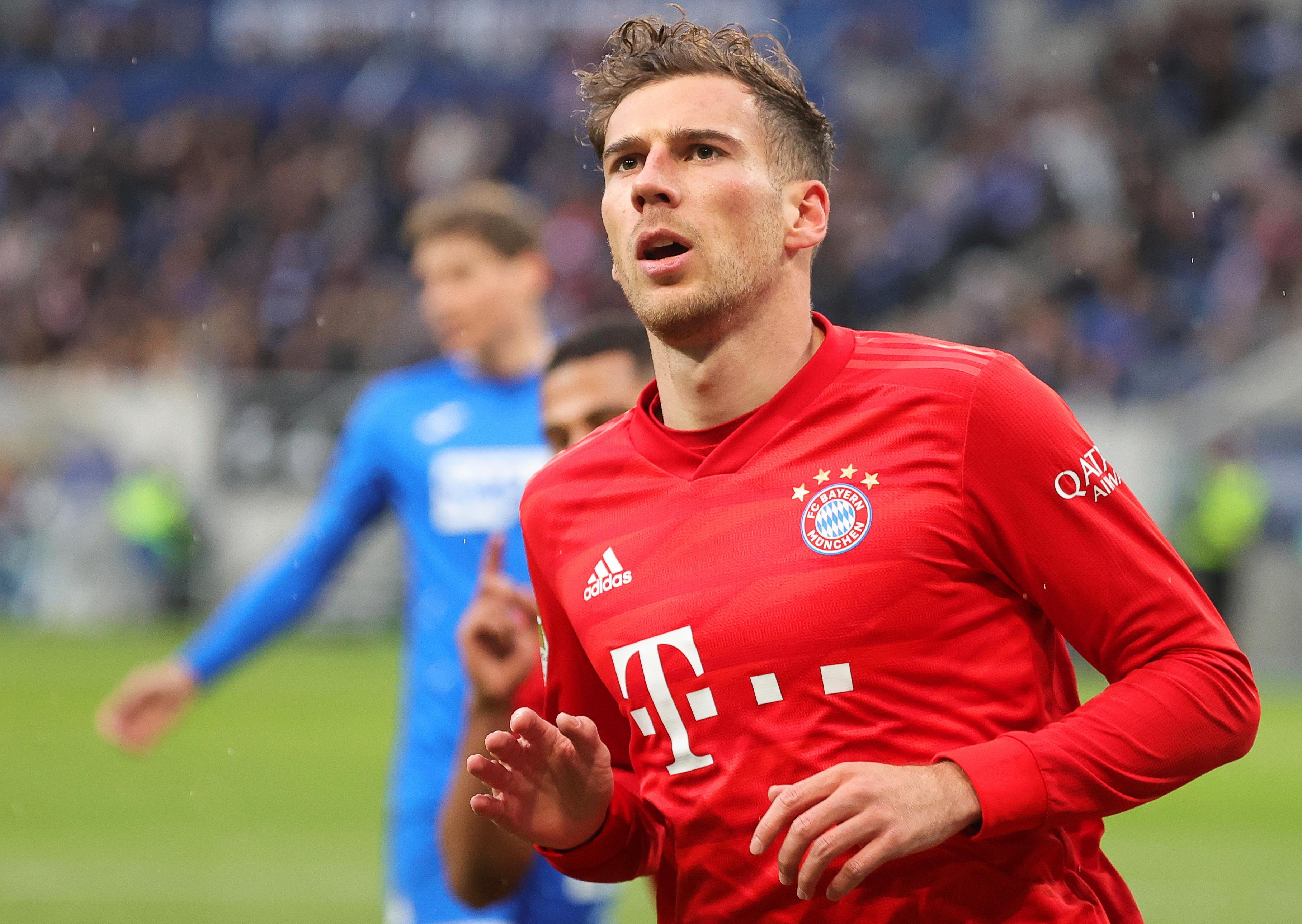 Bayern bate Frankfurt em casa e mantém Dortmund a quatro pontos