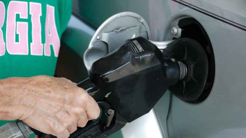 """""""Por que o gasóleo não está a acompanhar descida do barril de petróleo?"""", pergunta ANTRAM ao Governo"""