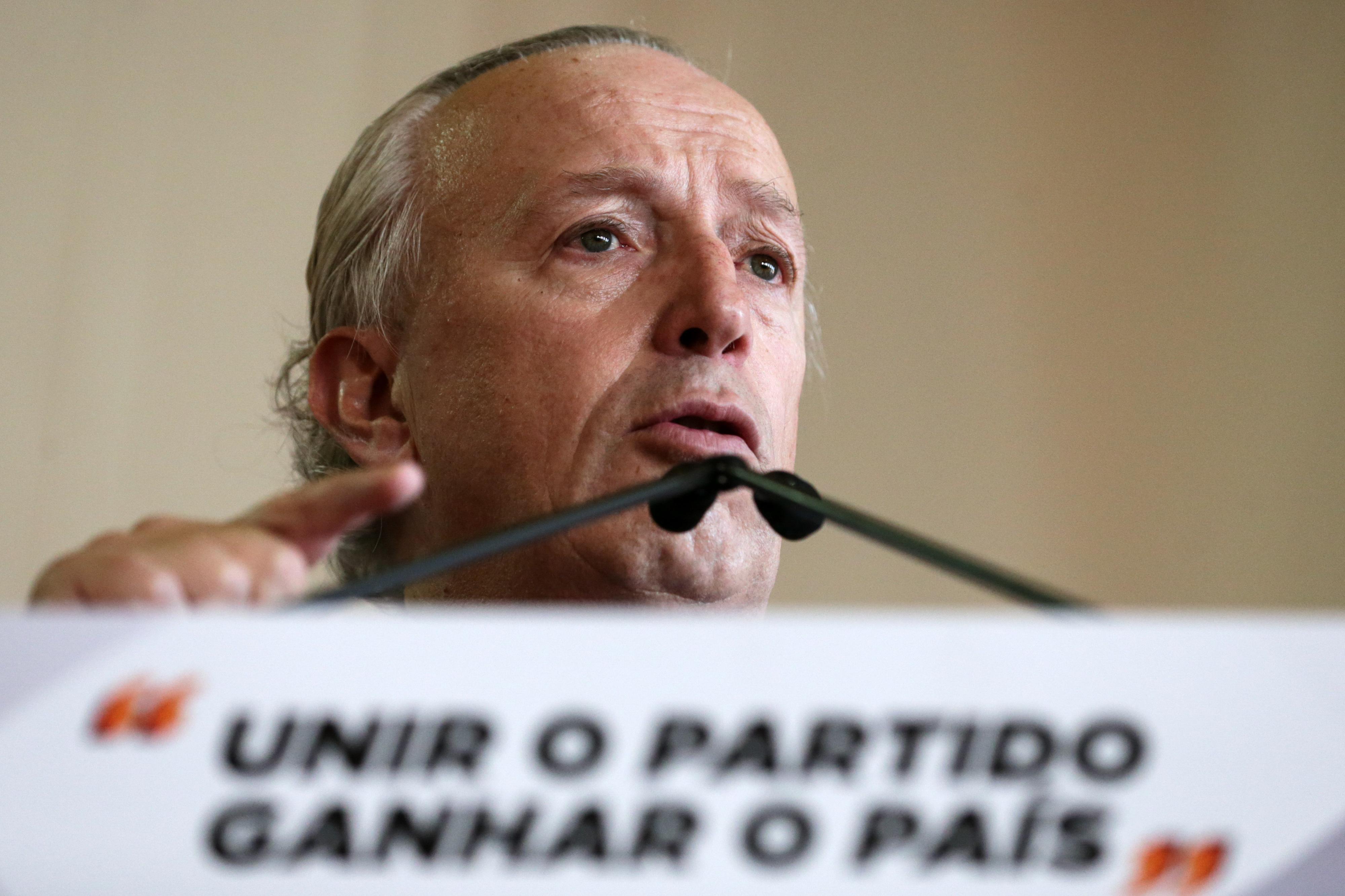 Santana Lopes quer debates com Rui Rio em cada distrital do partido