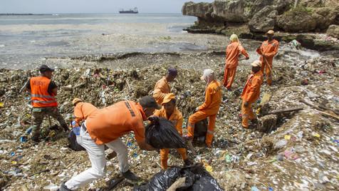 Maré de plástico
