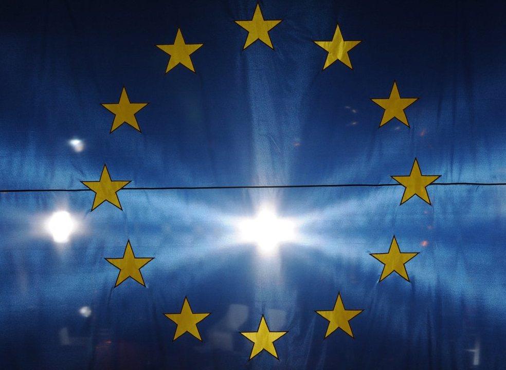"""Líderes da UE reúnem-se em cimeira que ainda não é a do """"adeus"""" ao Reino Unido"""