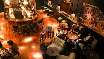 Romanoff: O novo bar do Porto é como uma sala de estar