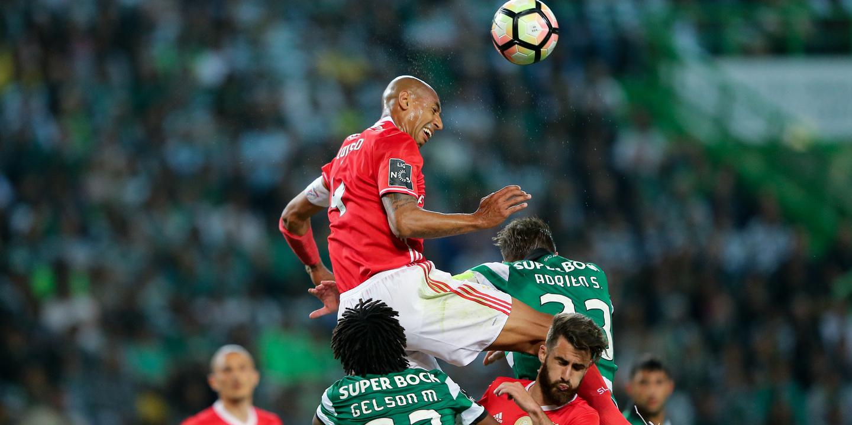 Luisão falha dérbi com Sporting na Luz