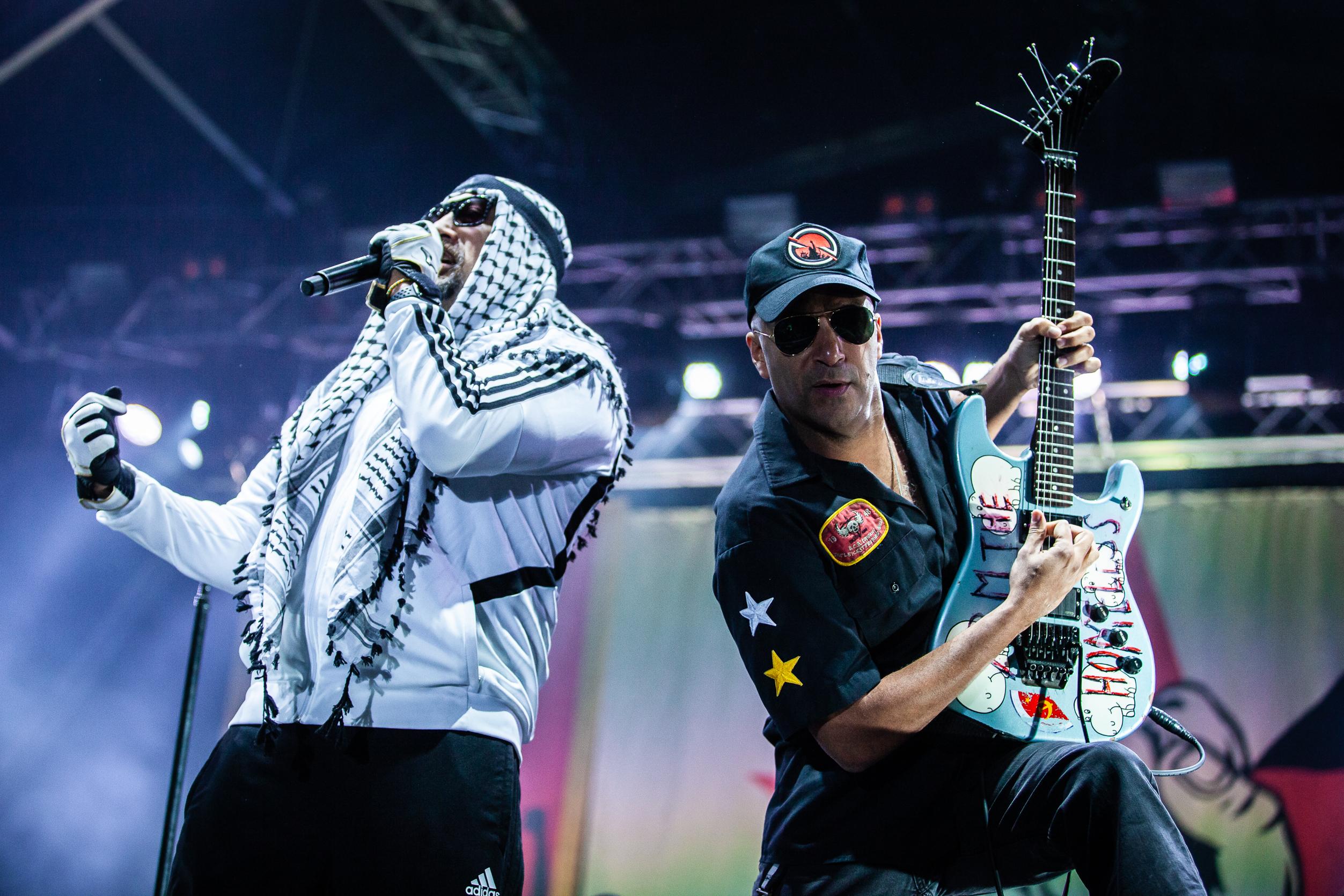 O rock molotov dos Prophets of Rage: Quem controla o passado, controla o futuro
