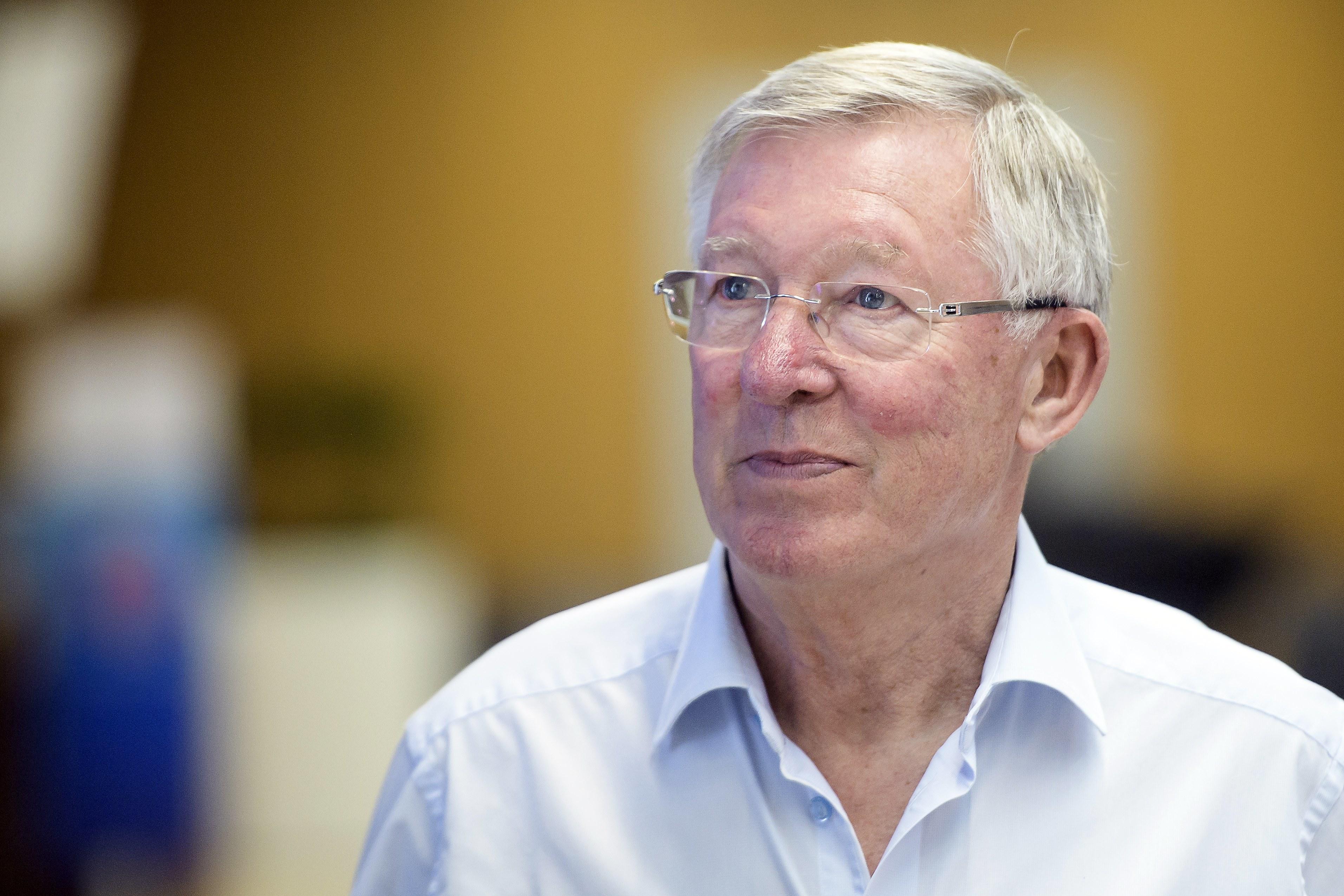 """Ferguson """"orgulhoso de ter sido um rival, colega e amigo"""" de Arsène Wenger"""