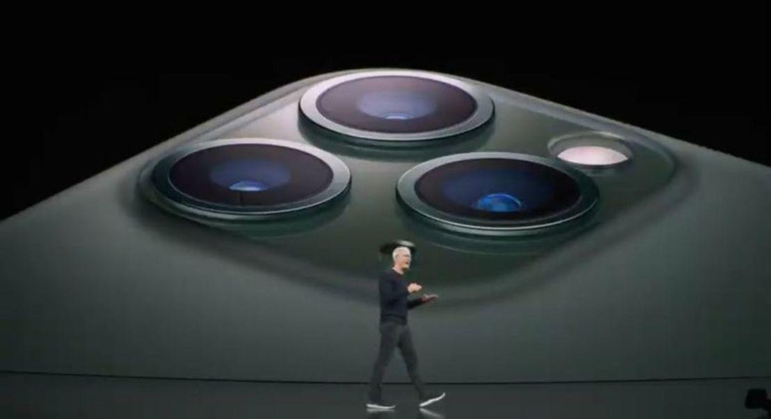 iPhone 11: Ainda agora foi anunciado, mas os memes não perdoam