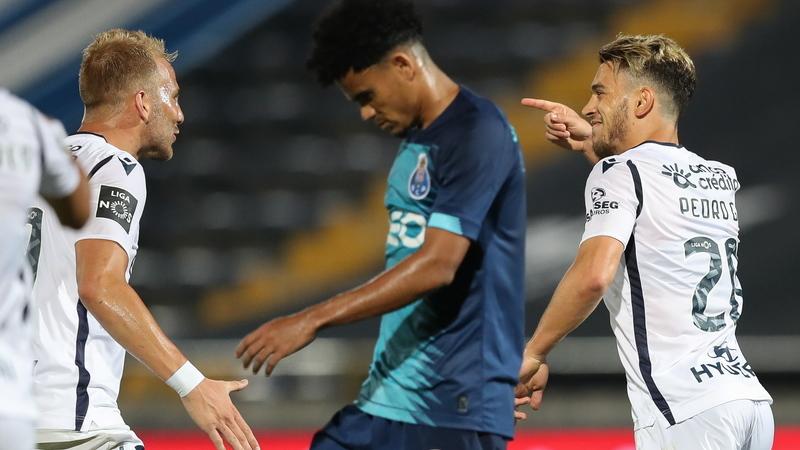Famalicão 2-1 FC Porto: Retoma amarga do 'dragão' pode custar liderança