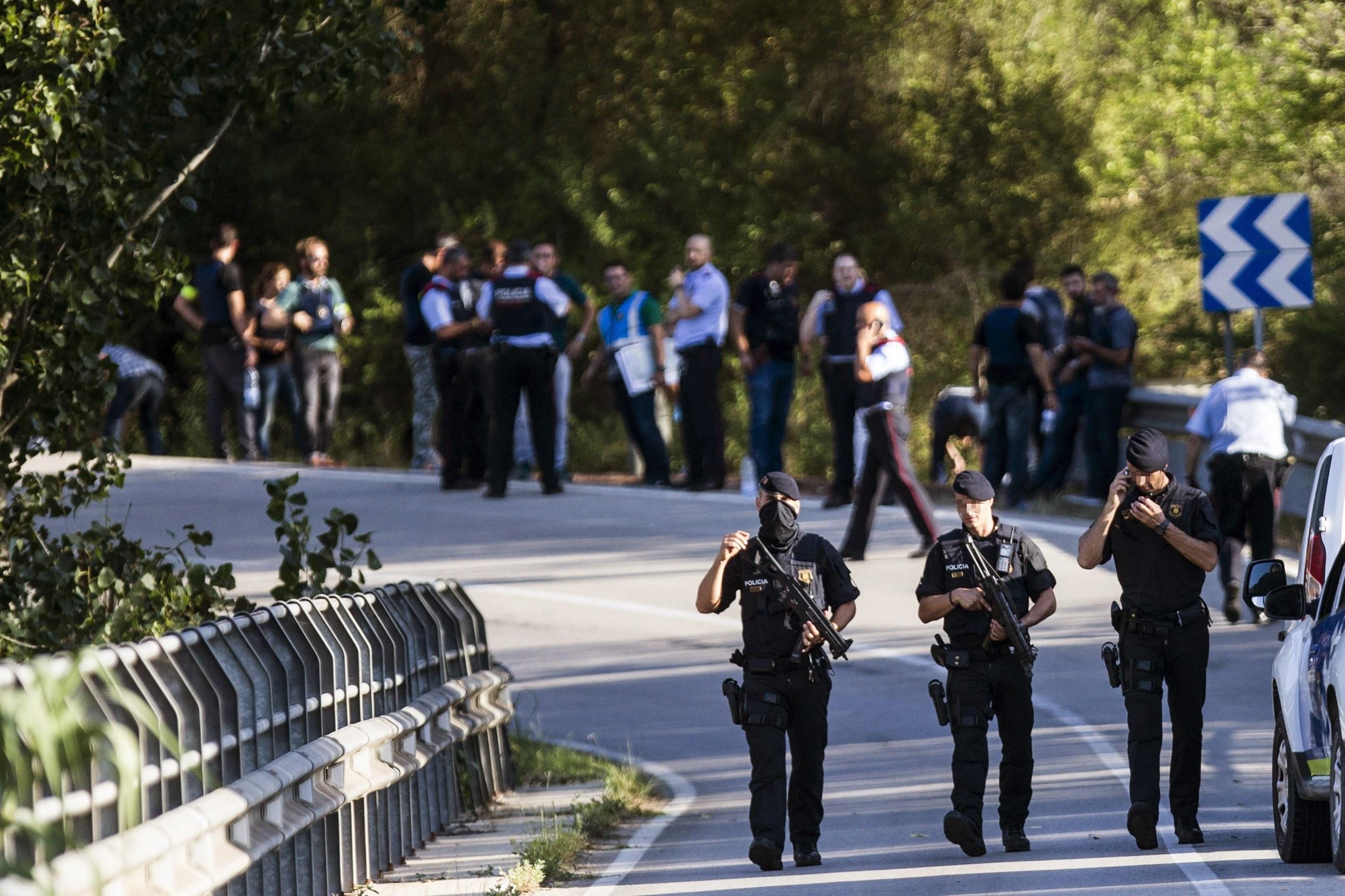 Polícia catalã investiga se terrorista ia acompanhado quando foi abatido