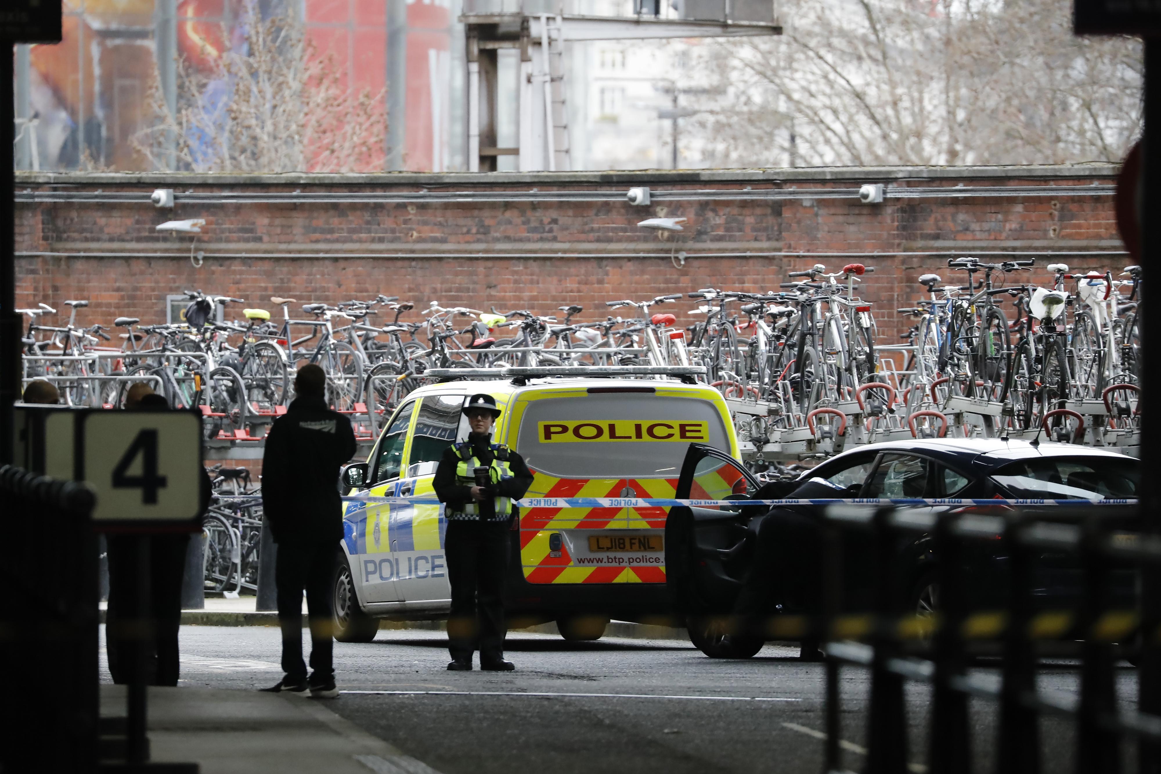 Acusação determina que português morto em Londres foi assassinado por quatro adolescentes quando saía do trabalho