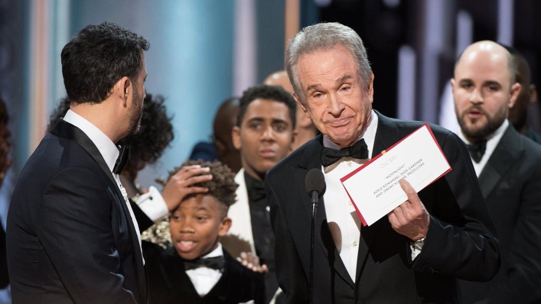 """Polémica nos Óscares: Afinal, o melhor filme é """"Moonlight"""""""