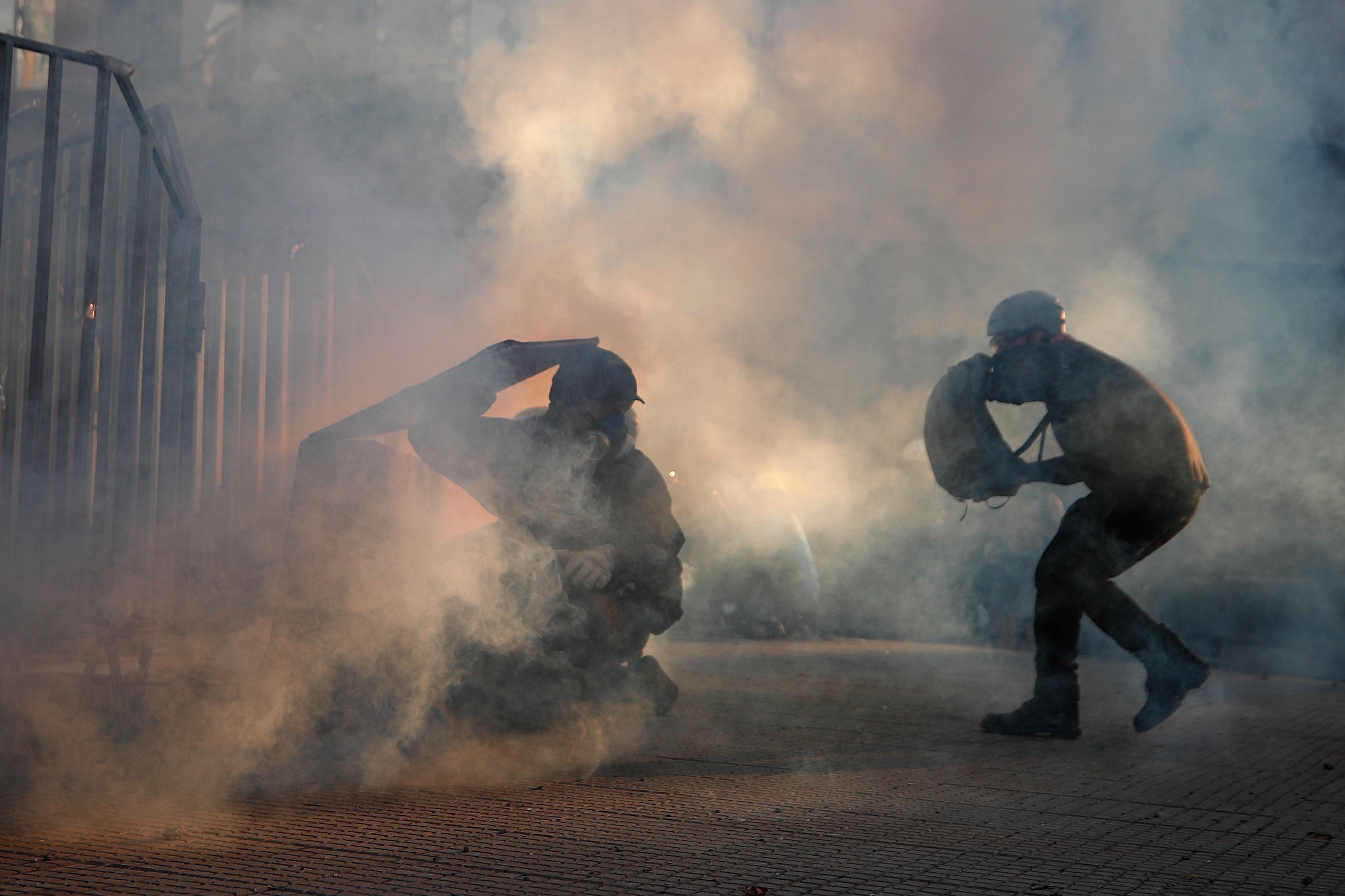 """""""Múltiplas violações dos direitos humanos"""". ONU denuncia atuação da polícia nas manifestações no Chile"""