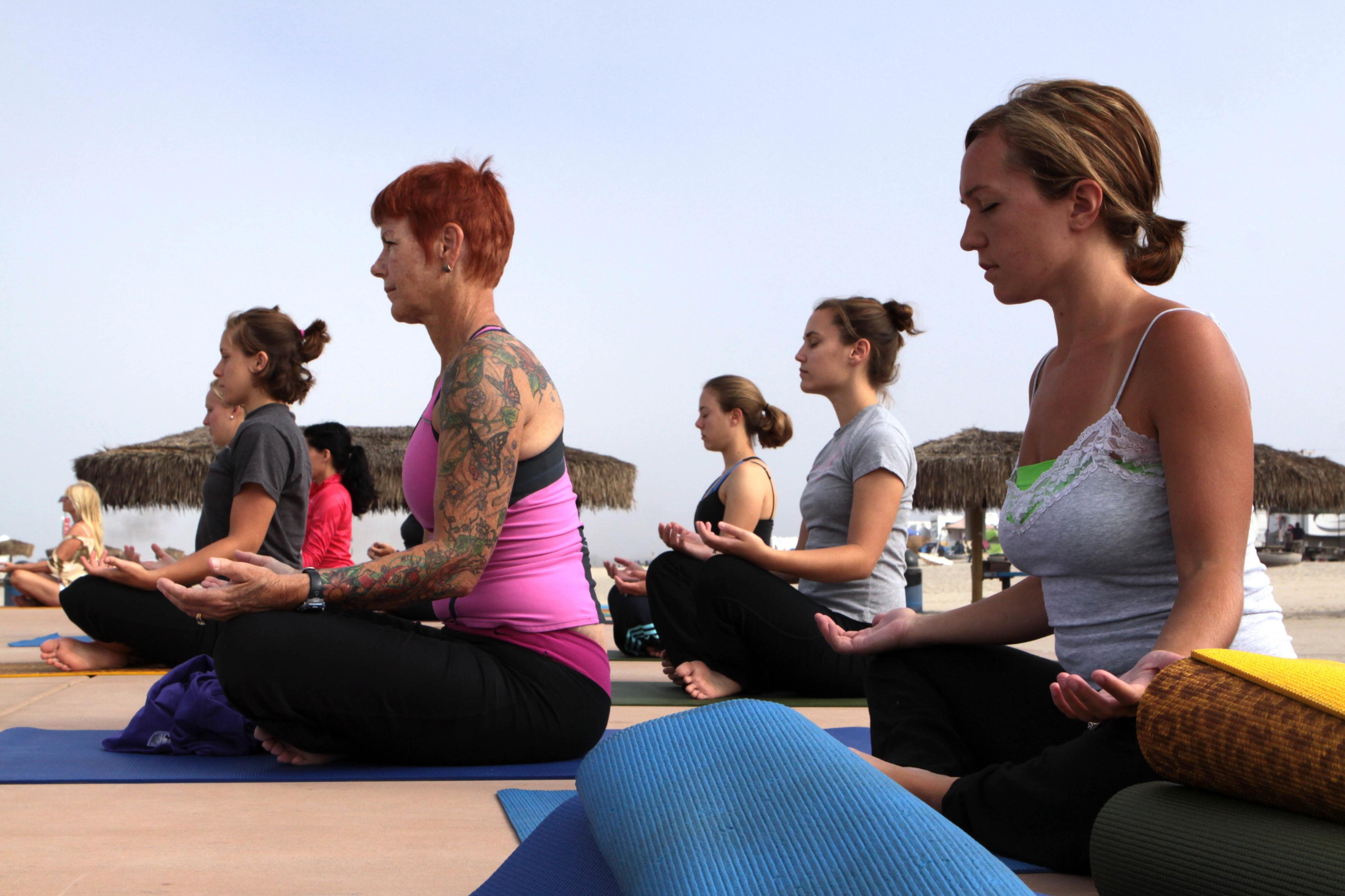 Dia Internacional do Yoga reúne mais de 2.000 praticantes em Lisboa