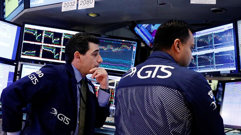 Mais 1,9 milhões de pedidos de subsídio de desemprego desanimam Wall Street