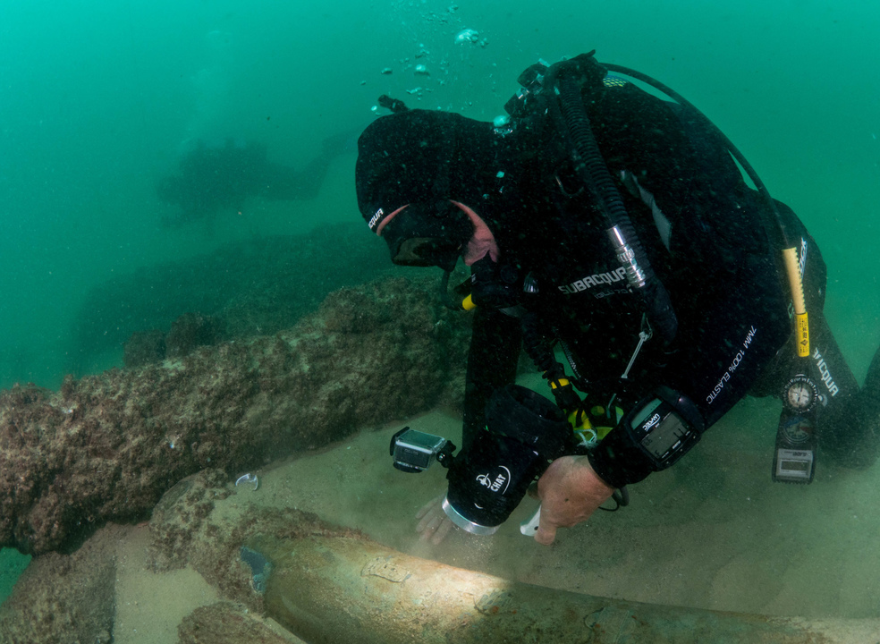 """""""A descoberta do século"""". Arqueólogos encontram nau naufragada no rio Tejo ao largo de Cascais"""