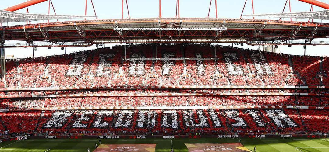 """Benfica reage às acusações de Vítor Catão: """"Objetivamente falsas e gravemente atentatórias da honra do Benfica"""""""