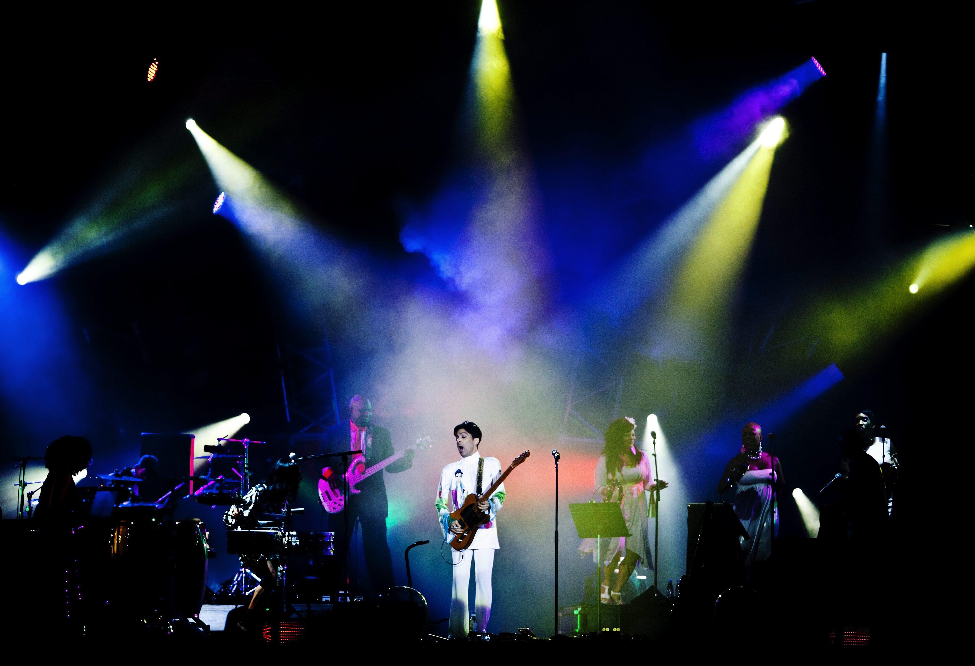 Álbum com inéditos de Prince é editado em setembro